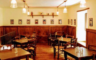 Atmosfera vintage nel centro storico di Salerno: Caffè Italiano